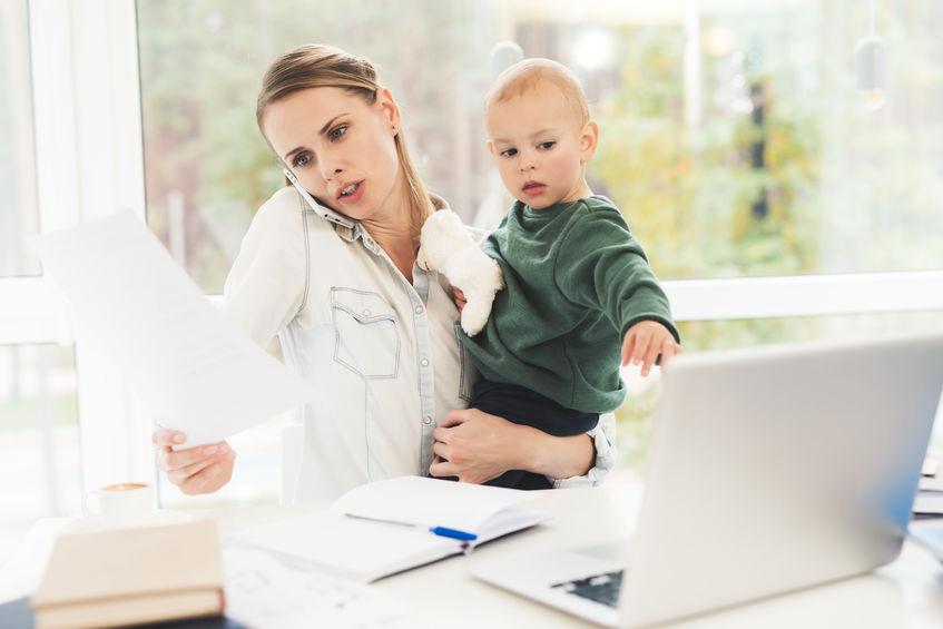 Kinderbetreuung und Arbeit; Kernarbeitszeiten; Homeoffice; working mum; Corona Krise